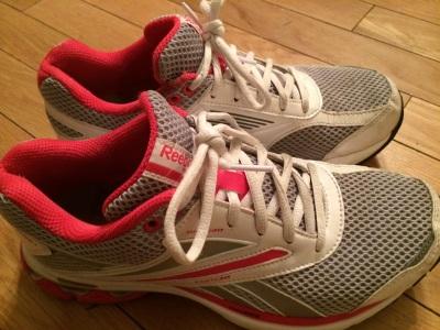 pinkrunningshoes