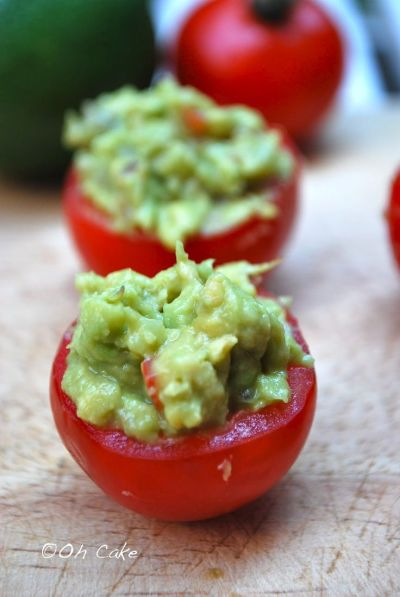 Guacamole-stuffed-tomatoes
